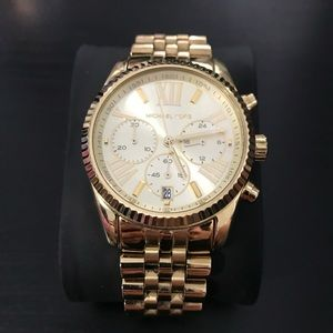 MICHAEL KORS WATCH - 38MM